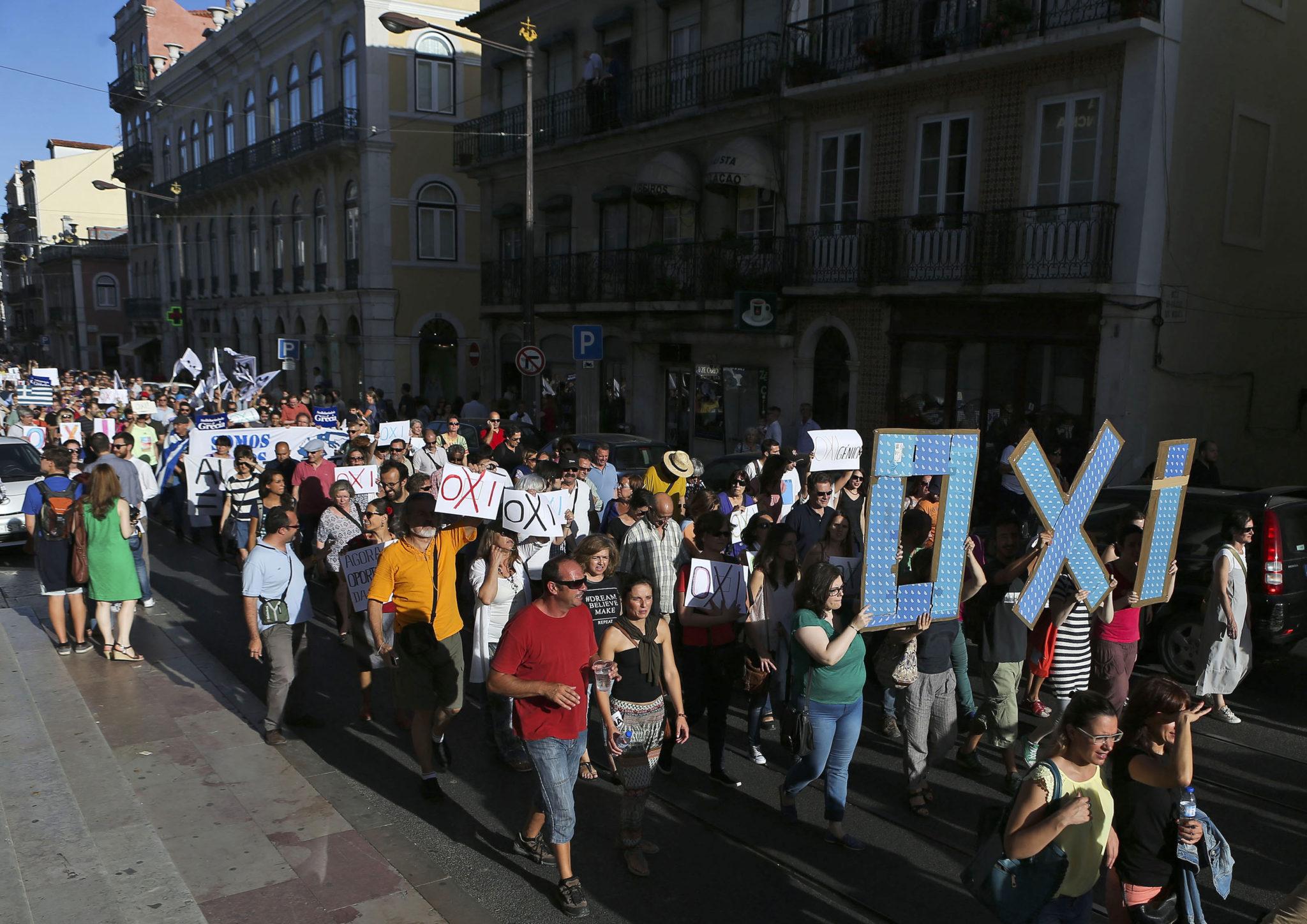 Greece referendum - Econ Alerts