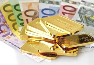 gold and euro banknotes | Econ Alerts