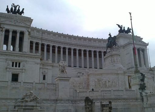 italian parliament building | EconAlerts