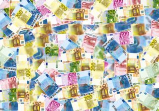 euro bills | EconAlerts