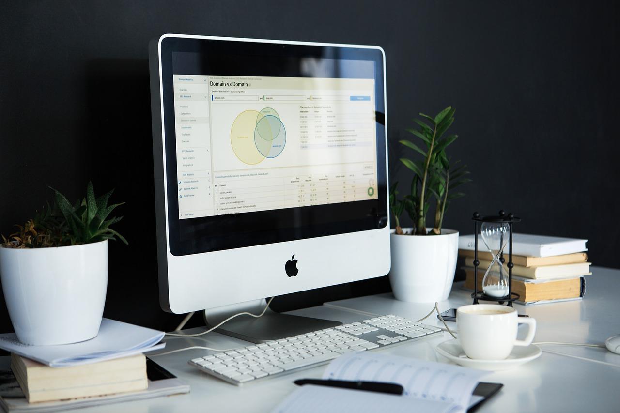 work desk | EconAlerts