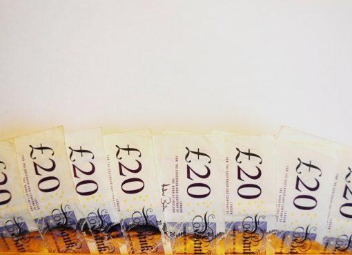 twenty pounds | EconAlerts